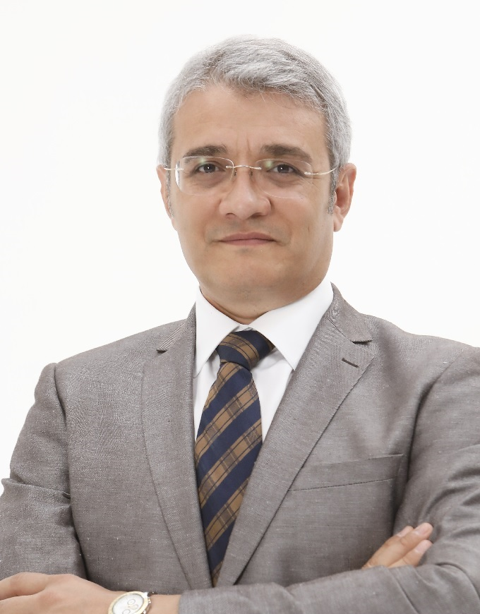 Dr. Ilter Denizoglu, inventor of doctorvox therapy system